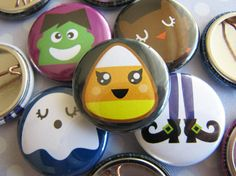 Halloween Buttons - 1 Inch Pinback (Set of 10) - Halloween Favors - Halloween Favor Bags - Halloween Crafts #Halloween #party #favors #cheap