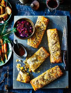 Whip up a batch of spiced parsnip strudels. They'll be perfect for entertaining any veggie guests this festive season. Shared by Career Path Design. Vegetarian Christmas Recipes, Vegetarian Recipes Easy, Cooking Recipes, Vegetarian Main Meals, Cashew Recipes, Veggie Meals, Veggie Christmas, Xmas Food, Christmas Ideas