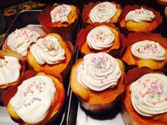 Handmade white chocolate frosting cupcakes