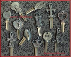 Merry Christmas...the key is unlocking the perfect gift ❤️ keystomycastle.com