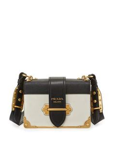 29 Best Handbags and Clutches images  dd257b944af6a