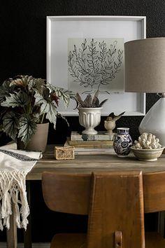 Autumn deco prints - Home Design & Interior Ideas Decoration Inspiration, Interior Inspiration, Design Inspiration, Interior Styling, Interior Decorating, South Shore Decorating, Dark Walls, Deco Design, Design Design