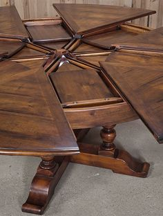 1000+ ideas about Antique Dining Tables on Pinterest | Mahogany ...