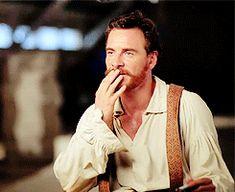 That beard disturb me a lot! gif