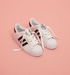 Adidas Originals Superstar.