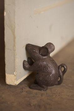 Cast Iron Mouse \ Rustic Door Stop Spacepositive http://www.amazon.com/dp/B00HFD0QTK/ref=cm_sw_r_pi_dp_LS3Ltb08K31TDSTE