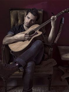 10 Things You Have To Know About Michael Malarkey, New Album | Gurl.com
