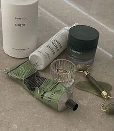 Beauty Care, Beauty Skin, Mint Green Aesthetic, Spring Aesthetic, Beige Aesthetic, Healthy Lifestyle Motivation, Laneige, Take Care Of Yourself, Self Care