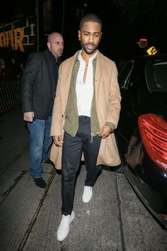 Mens Fashion Smart – The World of Mens Fashion Men's Fashion, Big Men Fashion, Best Mens Fashion, Formal Fashion, Hipster Fashion, Fashion Black, Fashion Rings, Mens Fashion Website, Mens Casual Suits