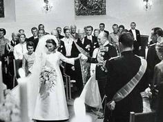 29.08.1968r. - Sonja Haraldsen i król Norwegii Olav V [ślub Sonji i Księcia koronnego Norwegii Haralda]