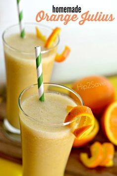 4 Ingredient Homemade Orange Julius. Try to make this juicy treat during the weekend.