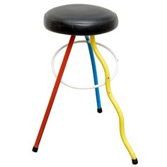 Colorfull Child Size Stool by Javier Mariscal Memphis