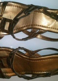 Kupuj mé předměty na #vinted http://www.vinted.cz/damske-boty/sandaly/16748057-bronzove-kozene-sandale-na-klinku-vel-40
