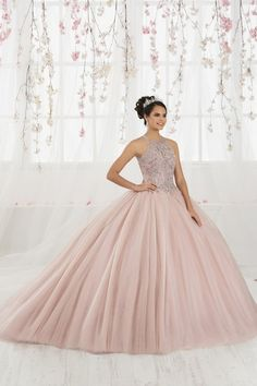 The Quinceanera Collection offers elegant quinceanera dresses, 15 dresses, and vestidos de quinceanera! These pretty quince dresses are perfect for your party! Sweet 15 Dresses, Pretty Dresses, Beautiful Dresses, Rose Gold Quinceanera Dresses, Prom Dresses, Quinceanera Party, Evening Dresses, Vestido Rose Gold, Quinceanera Collection