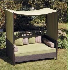 Better Home and gardens providence outdoor day bed