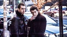 Después de muchas promesas y tiempo de espera ayer por fin The Last Shadow Puppets ofrecieron el primer concierto de su gira por Reino Unido, en el Cambridge Corn Exchange. La súper banda formada por Alex Turner y Miles Kane no había recorrido Reino Unido desde Octubre del 2008.