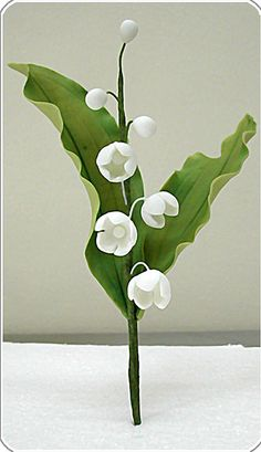 Gumpaste lily of the valley