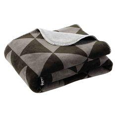 Manta con motivo de triángulos gris/negro 130 x 170 cm CITYLIVE