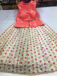 Small, medium, large , xl available CROP TOP WITH SKIRTS Sleevs available for all To place order WhatsApp 7995736811 Kids Dress Wear, Dresses Kids Girl, Baby Dress, Kids Outfits, Kids Ethnic Wear, Kids Party Wear, Kids Blouse Designs, Indian Skirt, Kids Dress Patterns