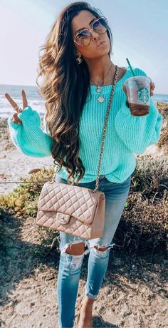 Gorgeous casual outfit for spring modeled by the beautiful 💙- women's fashion spring 2019 - spring outfits - women's spring fashion - spring style - spring outfit ideas - spring outfits 2019 -spring outfits casual - pastel clothes cute - Casual Winter Outfits, Spring Outfits, Autumn Winter Fashion, Spring Fashion, Beach Fashion, Fashion Outfits, Womens Fashion, Fashion Trends, Fashion Art