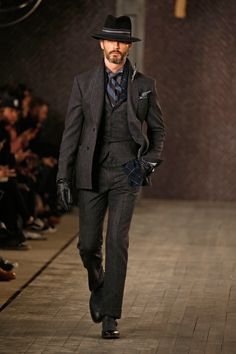 http://www.vogue.com/fashion-shows/fall-2016-menswear/joseph-abboud/slideshow/collection