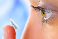 Special contact lenses that change the curve in the eye when they are worn overnight can improve eye-sight Contact Lenses For Brown Eyes, Daily Contact Lenses, Natural Contact Lenses, Healthy Beauty, Health And Beauty, Red Eye Causes, Toenail Fungus Cure, Eye Facts, Eye Exam