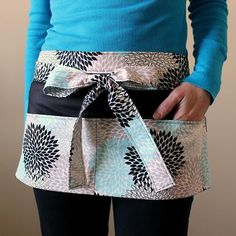 Basic Utility Free Apron Pattern | AllFreeSewing.com This Basic Utility Apron tutorial is a great project for beginners. The apron is the perfect free sewing pattern for day care teachers, craft shows, yard sales, and more!