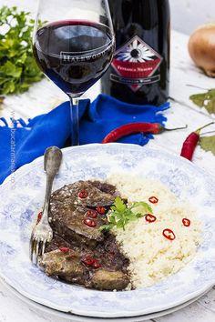 Romanian Food, Foie Gras, Carne, Alcoholic Drinks, Beef, Food, Wine, Meat, Liquor Drinks