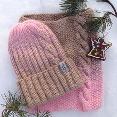 """200 Likes, 17 Comments - ЯРКИЕ ШАПКИ (@nataly_korzina) on Instagram: """"Отличного всем дня наконец-то к Рождеству я закончила комплект, пух норки и козочки, очень мягкий…"""""""