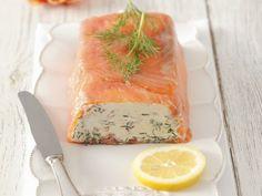 Frischkäsepastete mit Räucherlachs und Dill ist ein Rezept mit frischen Zutaten aus der Kategorie Meerwasserfisch. Probieren Sie dieses und weitere Rezepte von EAT SMARTER!