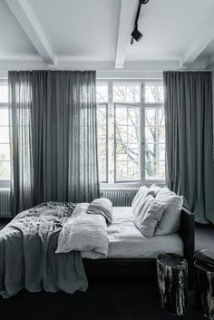 Especially bedroom love with this one but the rest of this loft is pretty nice too. Loft Apartment & Studio Berlin by interior designer Annabell Kutucu. Photography by: Claus Brechenmacher. Home Bedroom, Modern Bedroom, Master Bedroom, Bedroom Decor, Airy Bedroom, Grey Curtains Bedroom, Grey Linen Curtains, Bedroom Apartment, Home Interior