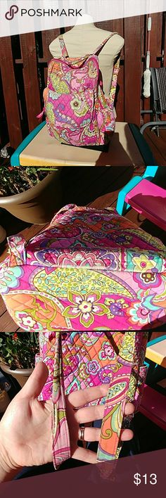 Vera Bradley back pack pures Shows wear on the bag. But a lot of life still left in it. Vera Bradley Bags