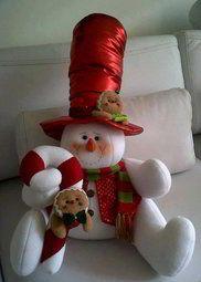 Muñeco de nieve sentado                                                                                                                                                     Más