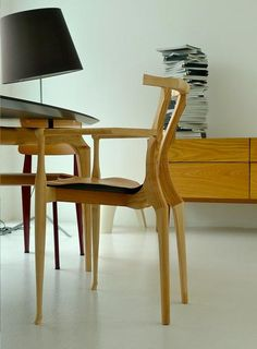 Oscar Tusquets in 1987 designed the Gaulino chair, which along time become a reference into spanish design field. In 2011 BD got the design and re-edited improved with new finishings. The image shows the complete Gaulino Collection in our brasilian retailer, MiCasa. -Bd Barcelona Design-