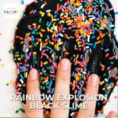 How to Make Black Slime - This black slime recipe is a fun take on rainbow slime! You can use glitter or sprinkles to add a rainbow explosion! This paint slime is easy to make and fun for kids! No borax recipe! Crafts For Kids To Make, Christmas Crafts For Kids, Crafts To Sell, Easy Crafts, Simple Christmas, Halloween Crafts, Vídeos Slime, Slime Asmr, Cara Membuat Slime