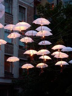 """""""Pendentes"""" de guarda-chuva!"""