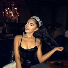 """""""I love my birth queen hairstyle! with this pretty look! Ariana Grande Fotos, Ariana Grande Profile, Ariana Grande Birthday, Karla Jara, Chica Cool, Bad And Boujee, Bad Girl Aesthetic, Aesthetic Style, Aesthetic Makeup"""