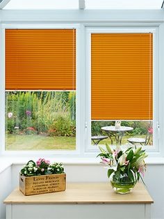 This orange tone is smooth and rich as opposed to bright and zesty. Definitely adding a funky twist, this Tango venetian blind will probably make your conservatory the talk of the street! #aluminium #venetian #perfectfit #conservatory #blinds