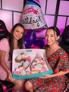 Merrill Twins, Veronica Merrell, Veronica And Vanessa, Vanessa Merrell, Anna Mcnulty, Famous Twins, Twin Brothers, Celebs, Sisters