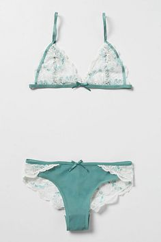 Cyan & Chantilly Bra