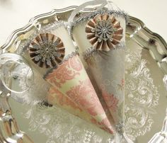 Tussie Mussies - The Tutorial  paper party cones from craft paper and embellishments