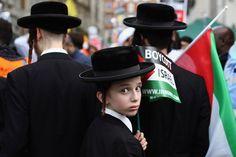 Orthodox Jewish community protest against Israeli shelling in Gaza. London 2014
