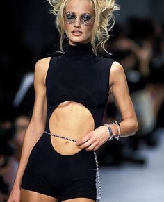 Karen Mulder for CHANEL Couture Runway Show 90's