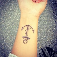 anchor tattoos for women | Anchor Tattoo Designs
