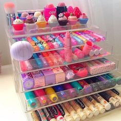 Makeup organization diy ideas lip balm 67 Ideas for 2019 Makeup Storage, Makeup Organization, Room Organization, Makeup Collection Storage, Make Up Collection, Rangement Makeup, Make Up Organizer, Pinterest Makeup, Makeup Rooms