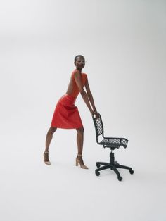 Nagi Sakai for Vogue Spain with Debra Shaw   Fashion Editorials Business Photos, Business Fashion, Vogue Spain, Character Costumes, Office Looks, Red Fashion, Fashion Stylist, Editorial Fashion, Stylists