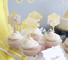 Bee Baby Shower Cupcakes | Kim Byers