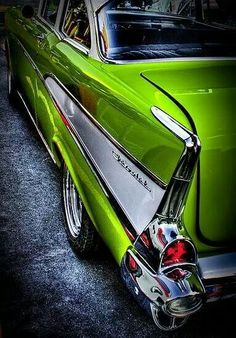 """◆ Visit ~ MACHINE Shop Café ◆ (QUESTION: """"Is it possible to ever get sick and tired of looking and marvelling at the beauty of the 1957 Chevy Bel Air Coupé? Chevrolet Bel Air, Chevrolet Camaro, 57 Chevy Bel Air, Used Car Lots, Cars Vintage, Automobile, Us Cars, Sport Cars, Psychobilly"""