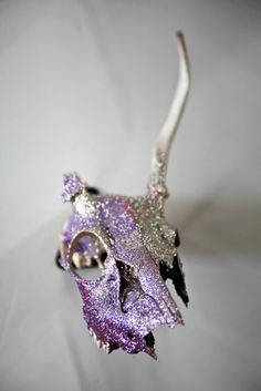 Jamie Vasta's glitter skulls are blowing my mind.