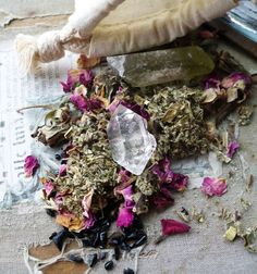 Herbs and crystals- The Way of the Natural Witch
